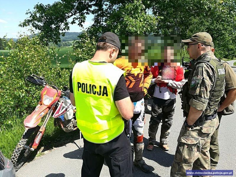 Kolejni crossowcy ukarani za wjeżdżanie na tereny leśne