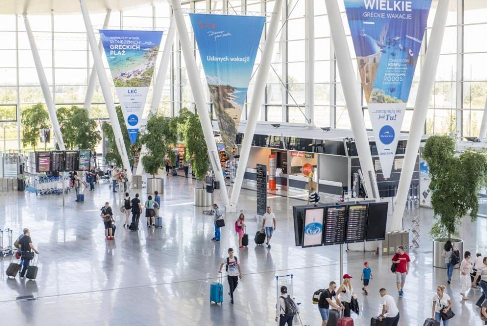 Duży ruch na wrocławskim lotnisku