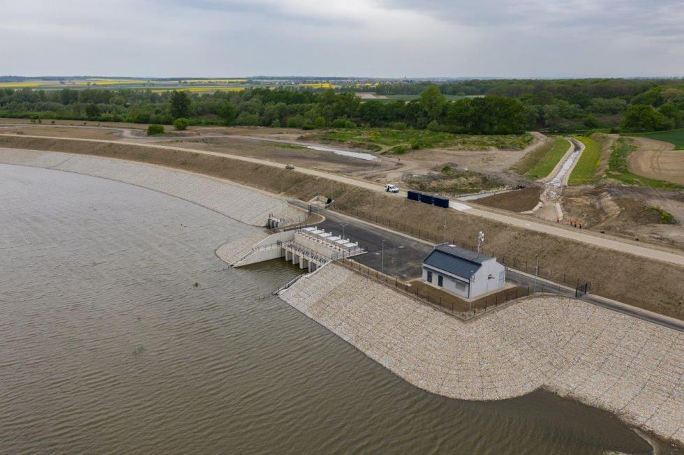 Największy zbiornik przeciwpowodziowy wPolsce jest już gotowy