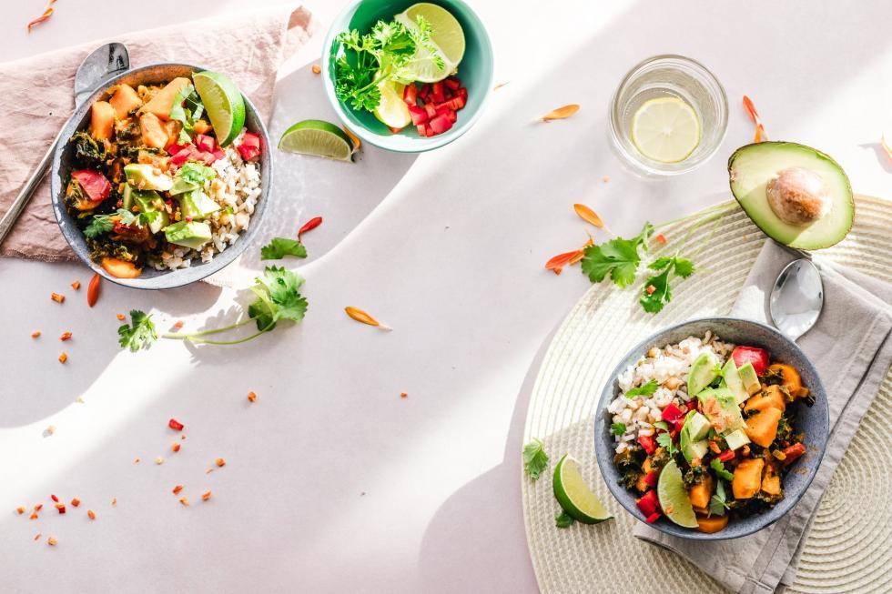 Catering dietetyczny wJeleniej Górze – które menu będzie dobrym wyborem?