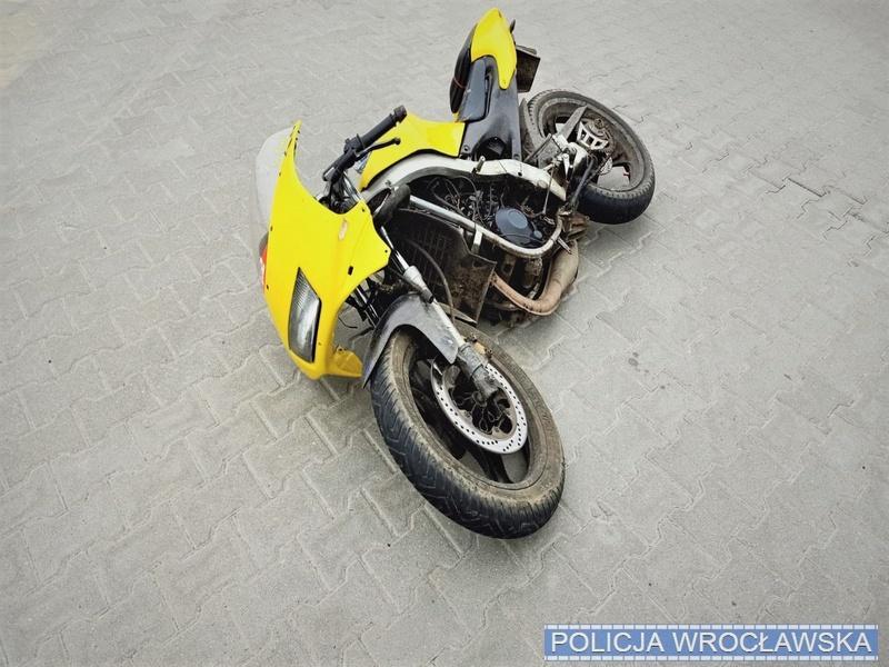 Pościg za kierowcą motocykla - zaczęło się odbraku kasku